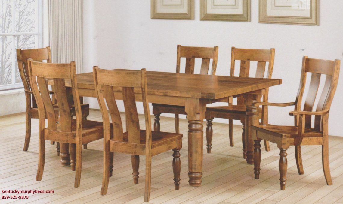 Saw-marked Williamsburg Table an Chairs, Amish made